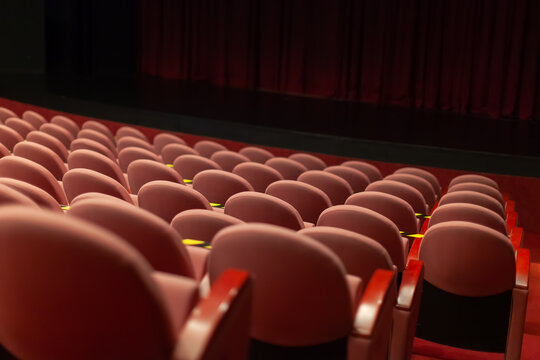 empty theatre seats without audience