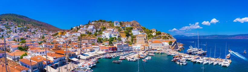 Fototapeta View of the amazing Hydra island, Greece. obraz