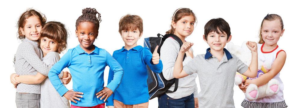 Fröhliche und selbstbewusste Kinder als Schulanfang Konzept