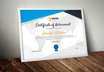Obraz Big Triangle Certificate Layout - fototapety do salonu