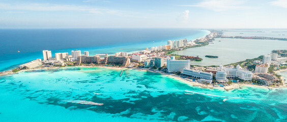 Fototapeta Aerial view of Cancun beach in Mexico. Caribbean coast landscape on Yucatan Peninsula obraz