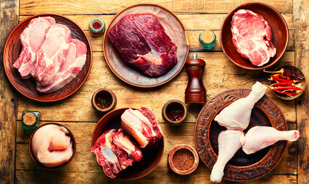 Various uncooked meat