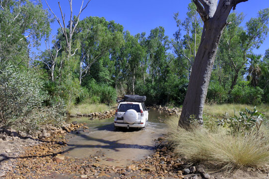 Toyota Land Cruiser Road trip around Australia