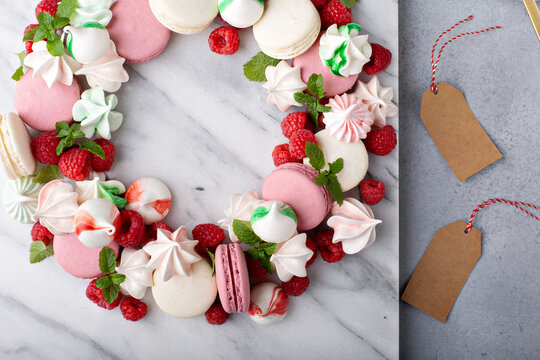 Christmas dessert wreath with macarons and meringues