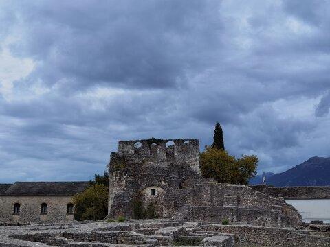 castle details in ioannina city greece