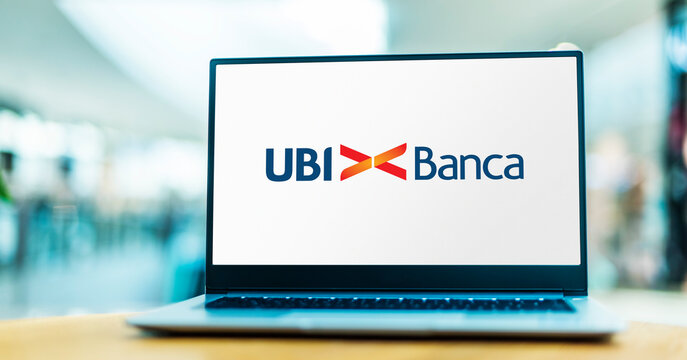 Laptop computer displaying logo of UBI Banca
