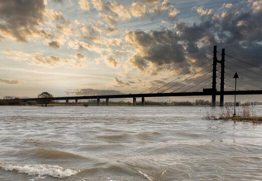 Molenbrug over de IJssel bij Kampen, Overijssel Province, The Netherlands