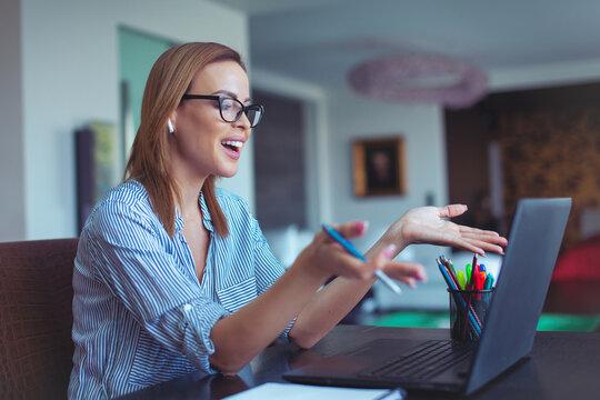 Young businesswoman explain online